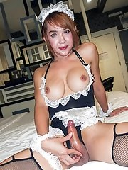 Big Dick Maid Barebacking